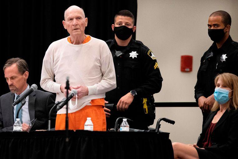 Joseph James DeAngelo, Jr., de Golden State Killer, maakte na het uitspreken van het vonnis zijn excuses aan de nabestaanden van zijn slachtoffers.  Beeld AFP