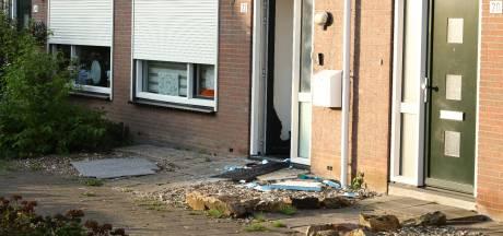 Arrestatieteam doet inval in woning Kruiningen