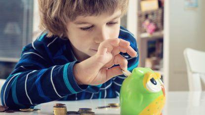 Zo kunt u sparen voor uw (klein)kind
