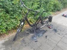 Accu ontploft tijdens fietsen, Nijmegenaar schrikt zich rot