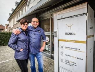 Slager Hanne lanceert webshop en beperkt wachtrijen met versbox