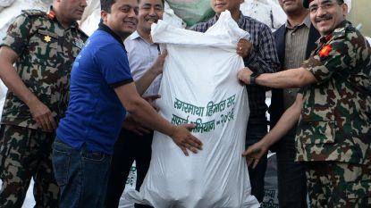 'Kuisploeg' keert terug van Mount Everest met 11.000 kilogram afval en 4 lijken
