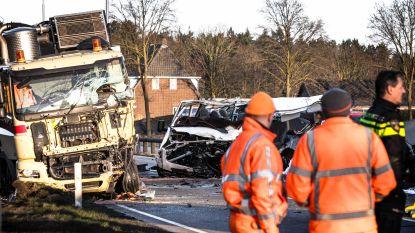 Vijf doden bij zwaar ongeval in Nederlandse Helmond