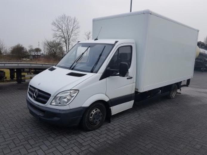 De grondstoffen werden gevonden in een vrachtwagen die in Utrecht was gestolen.