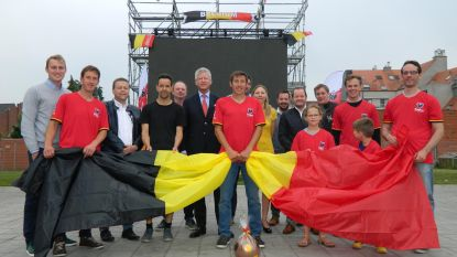Supporteren voor kunstgras in Aalter
