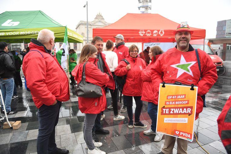In Leuven verzamelden de betogers aan het station.