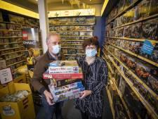 Sinterklaasdrukte bij Speelgoedwinkel Oldenzaal: 'Spelletjes en puzzels vliegen over de toonbank'