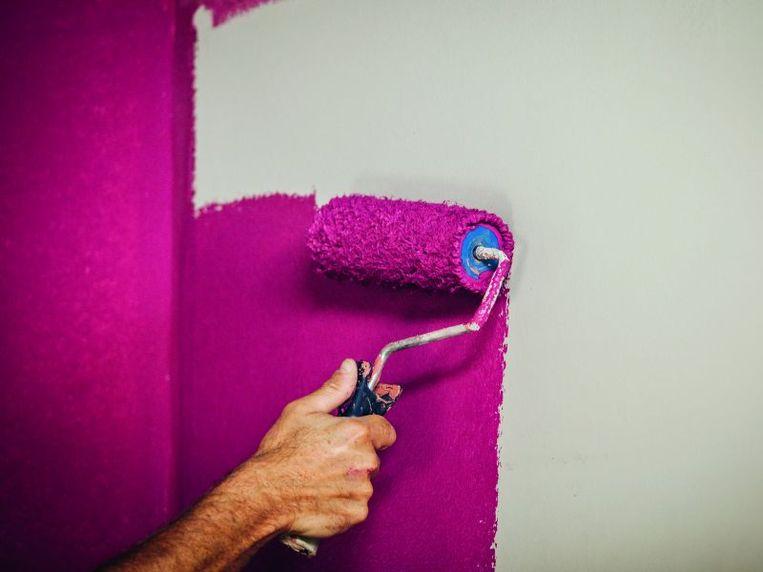 Na de aankoop van een woning verft of behangt 1 op 2 Belgen zijn woning.