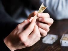 Onderzoek 'wiet-ontheffing' Tilburg is nog niet af: buitenlander kan ook begin 2019 terecht in coffeeshops