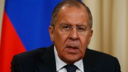 NAVO stuurt Russische diplomaten weg, Rusland beschuldigt VS ervan andere landen onder druk te zetten