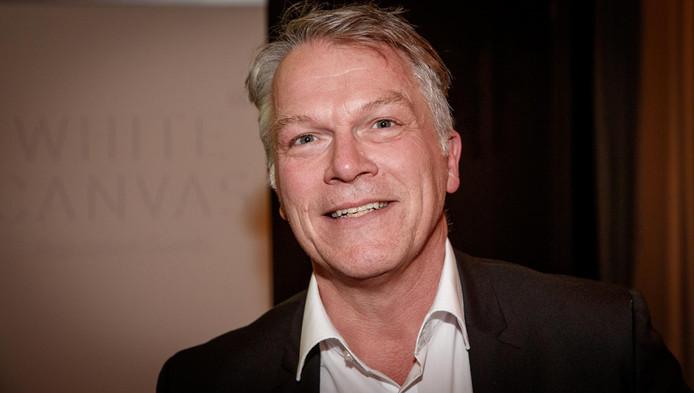 Wouter Bos kwam als favoriete kandidaat voor het burgemeesterschap naar voren uit een peiling onder 550 Amsterdammers