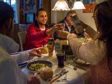 Osse stichting steekt eten met vluchtelingen in nieuw jasje
