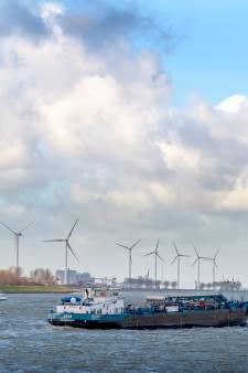 Groen licht voor bouw én vervanging windmolens langs het water
