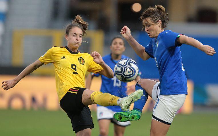 Wullaert in actie voor de nationale ploeg tegen Italië.