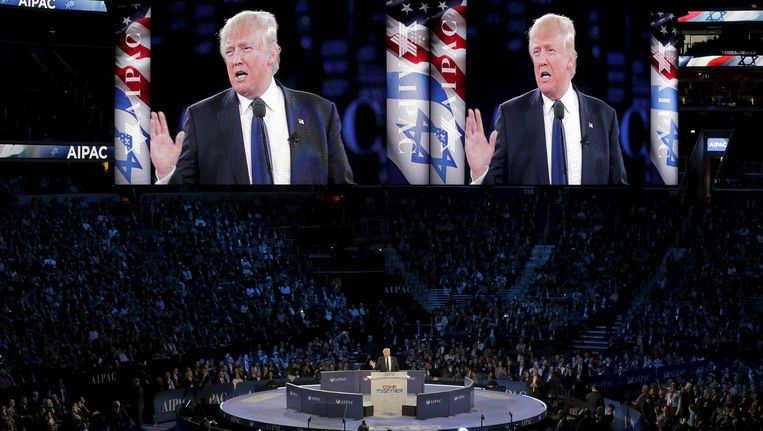Trump spreekt American Israel Public Affairs Committee (AIPAC) toe in Washington. Beeld reuters