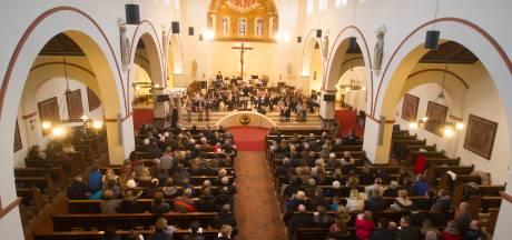 Kerken in Wierden steunen jonge moeders op Curaçao