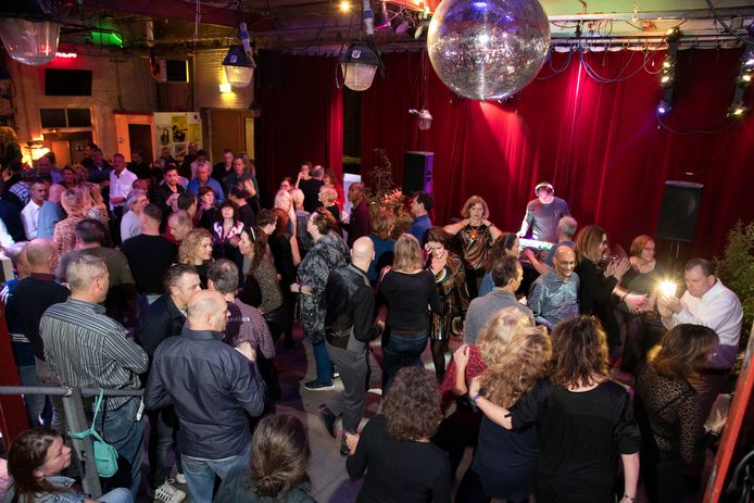 Dansen voor 45+ in Brebl.