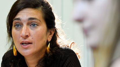 Demir trekt extra budget uit om alleenstaande moeders uit armoede te helpen