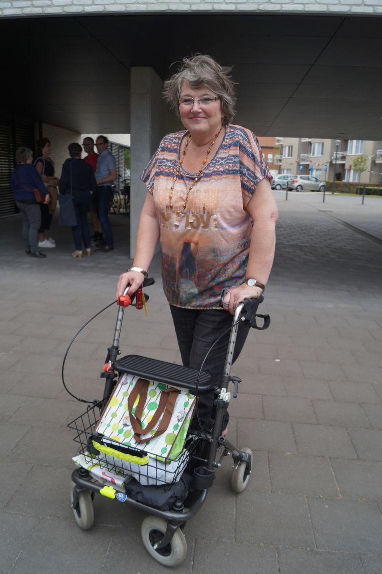 Sonja Saverwyns (62) is trots op haar rollator