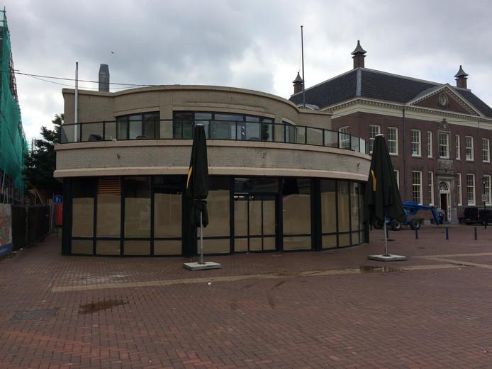 De McDonald's in het centrum van Almelo is definitief gesloten