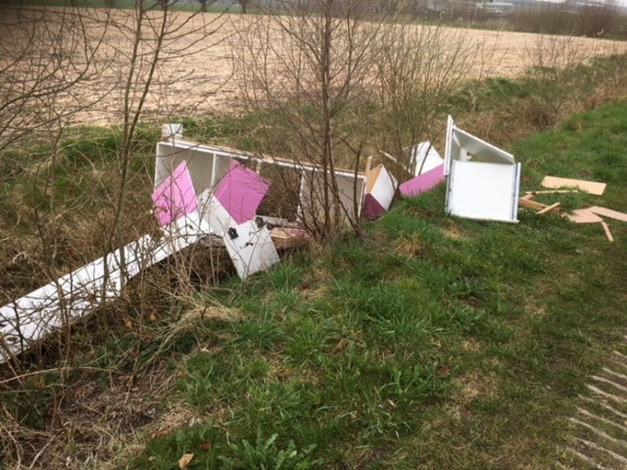De roze keuken die in Teuge werd gevonden.