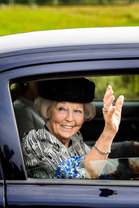 Prinses Beatrix opent nieuw bezoekerscentrum in Kinderdijk