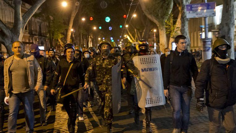 Pro-Oekraïne demonstranten in Odessa op 4 mei. Beeld ap