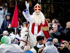 Miljoenenpubliek voor intocht Sinterklaas in Dokkum