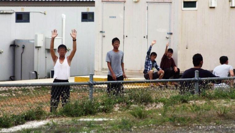 Vluchtelingen op Christmaseiland op een foto uit 2012. Beeld anp