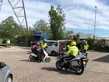 Opgevoerde brommers betrapt in Nieuw-Lekkerland en Arkel, ook bekeuringen in Gorinchem