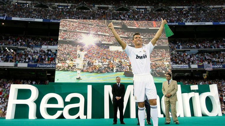 De presentatie van Ronaldo.
