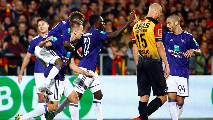 Herbeleef hoe Vanhaezebrouck zijn debuutwedstrijd met Anderlecht won (3-4)