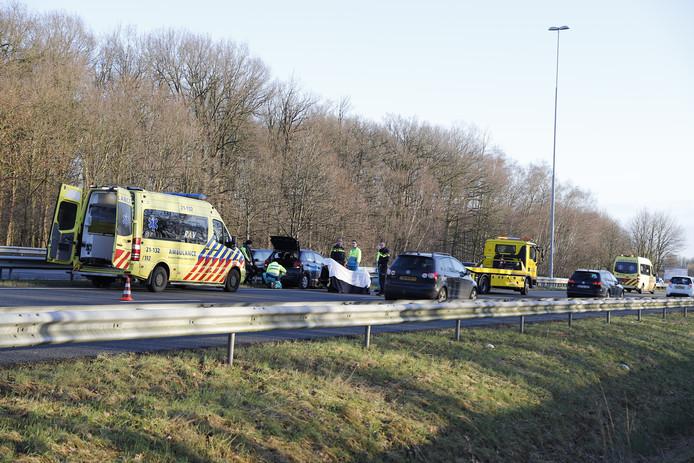 Het verkeer loopt vast op de A73.