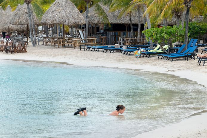 De stranden op Curaçao zijn nog net zo wit, maar een stuk rustiger dan anders.