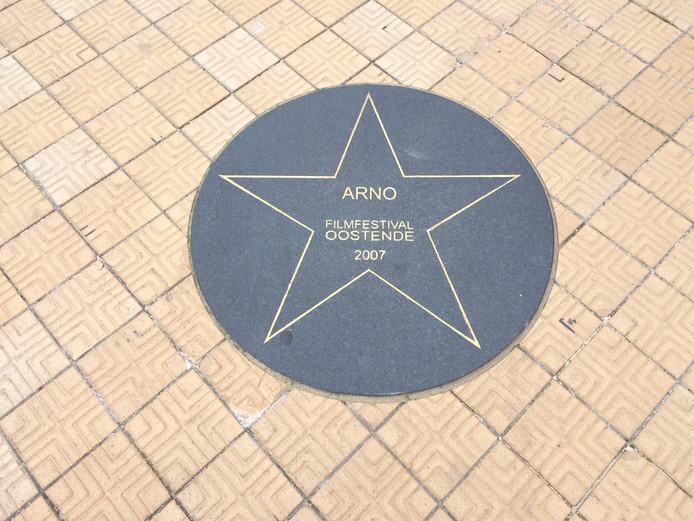"""L'étoile d'Arno sur le """"Walk of Fame"""" à Ostende"""