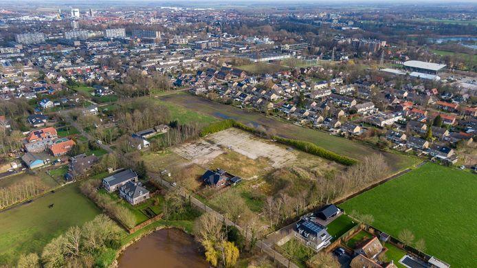 Op de locatie waar bedrijf Mussche Bestratingen  aan de Kastanjelaan zat, moet een nieuw wijkje met maximaal 38 woningen komen.