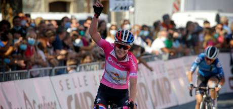 Een 'bijzondere' derde Girozege voor Anna van der Breggen