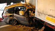 Veertiger overleeft crash tegen geparkeerde oplegger niet