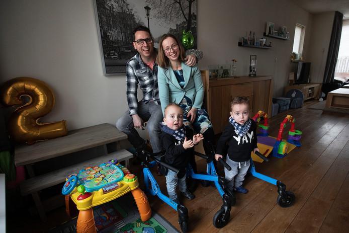 Robert-Jan en Mieke Touwen uit Bladel met hun kinderen Bas en Tim.
