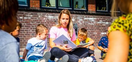 Dordtse kinderen genieten van de zon tijdens buitenlesdag