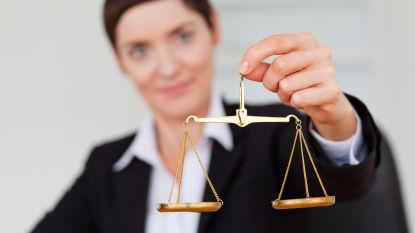 Advocaat verdient dubbel zoveel als vrouwelijke collega