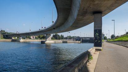 Twee nieuwe bruggen moeten 'bananenbrug' vervangen