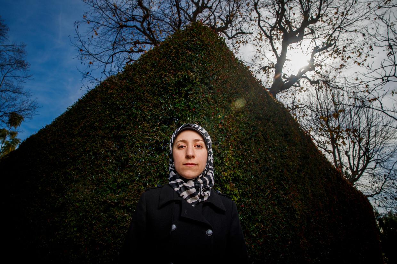 Amani Ballour kreeg vorig jaar bekendheid door haar hoofdrol in de documentaire The Cave, van de Syrische filmer Feras Fayyad. Beeld Allen J. Schaben / Contour RA
