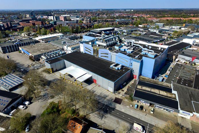 Roto Smeets, de grote drukkerij tussen Hunneperkade en Industrieweg, maakt geen doorstart. De medewerkers staan op straat.