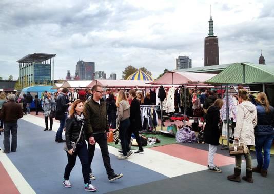 De Swan Market in het Museumpark in Rotterdam. Vierentwintig deelnemers van de bekende lifestylemarkt gaan hun waar verkopen in Collectiv by Swan aan de Witte de Withstraat.