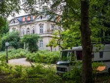 Wéér tegenslag voor verkrot Huize Ivicke, nu door vleermuizen