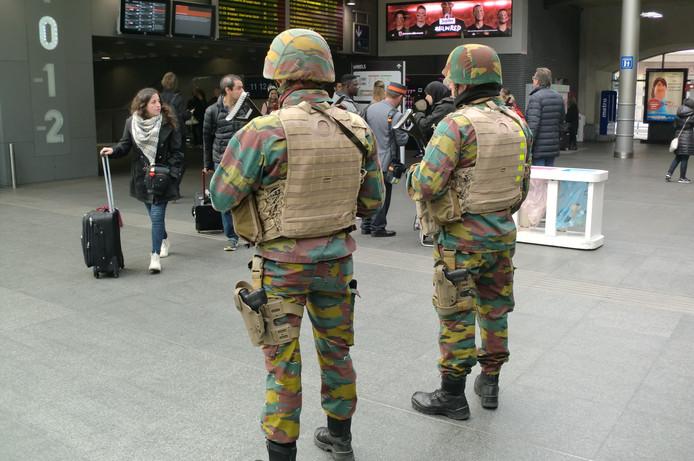 Leger paraat op station Antwerpen