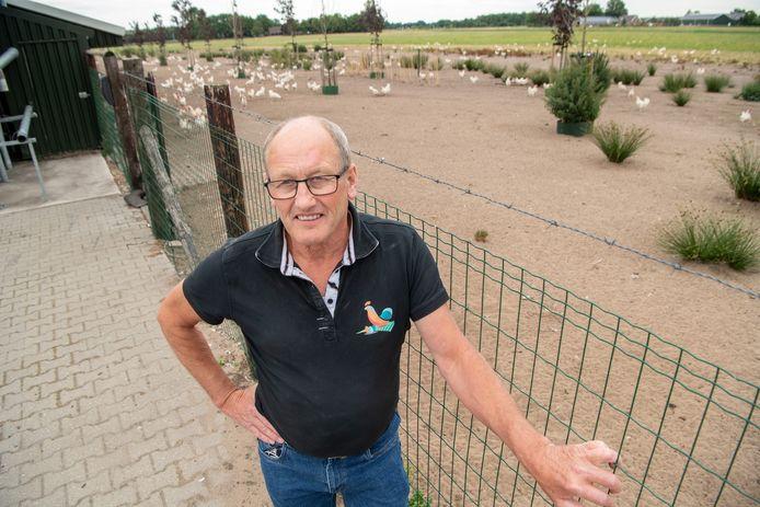 Pluimveehouder Egbert van der Veen uit Bergentheim.