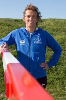 Leonie Ton weerstaat hitte 50 kilometer lang