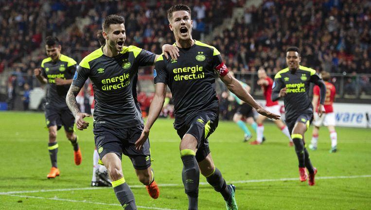 Marco van Ginkel viert zijn winnende doelpunt Beeld anp